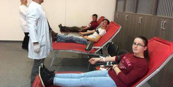 """Qendra e Kompetencës """"Kujtim Krasniqi"""" në Malishevë dhuron gjak"""
